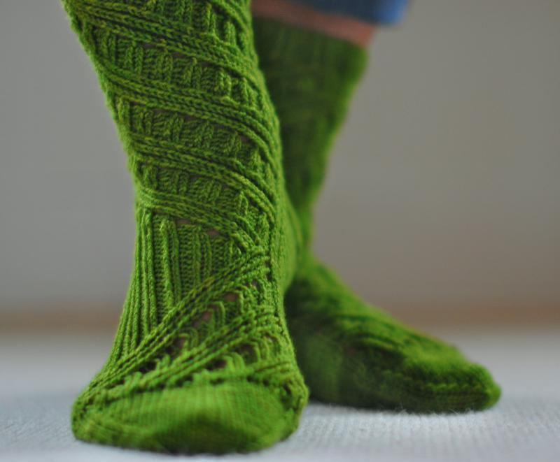 Ритуал с зелеными носками на деньги как привлечь к себе деньги магия белая